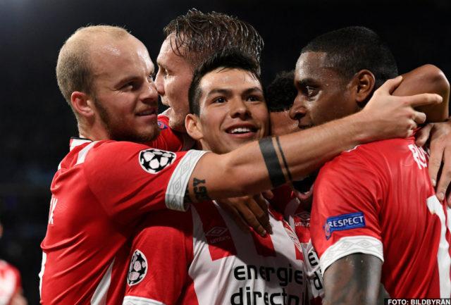 Manchester United förhandlar om att köpa Hirving Lozano