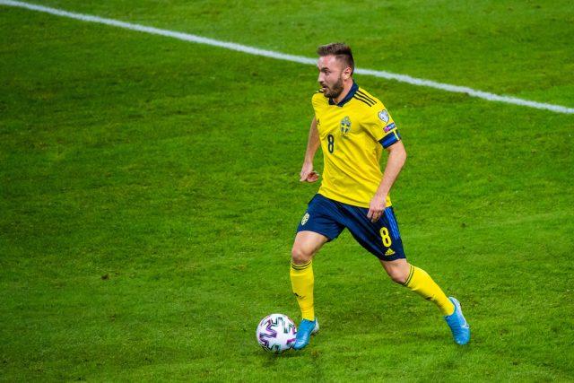 Ny klubb in i kampen om Muamer Tankovic