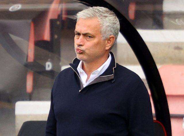 Celtic visar intresse för att anställa Jose Mourinho